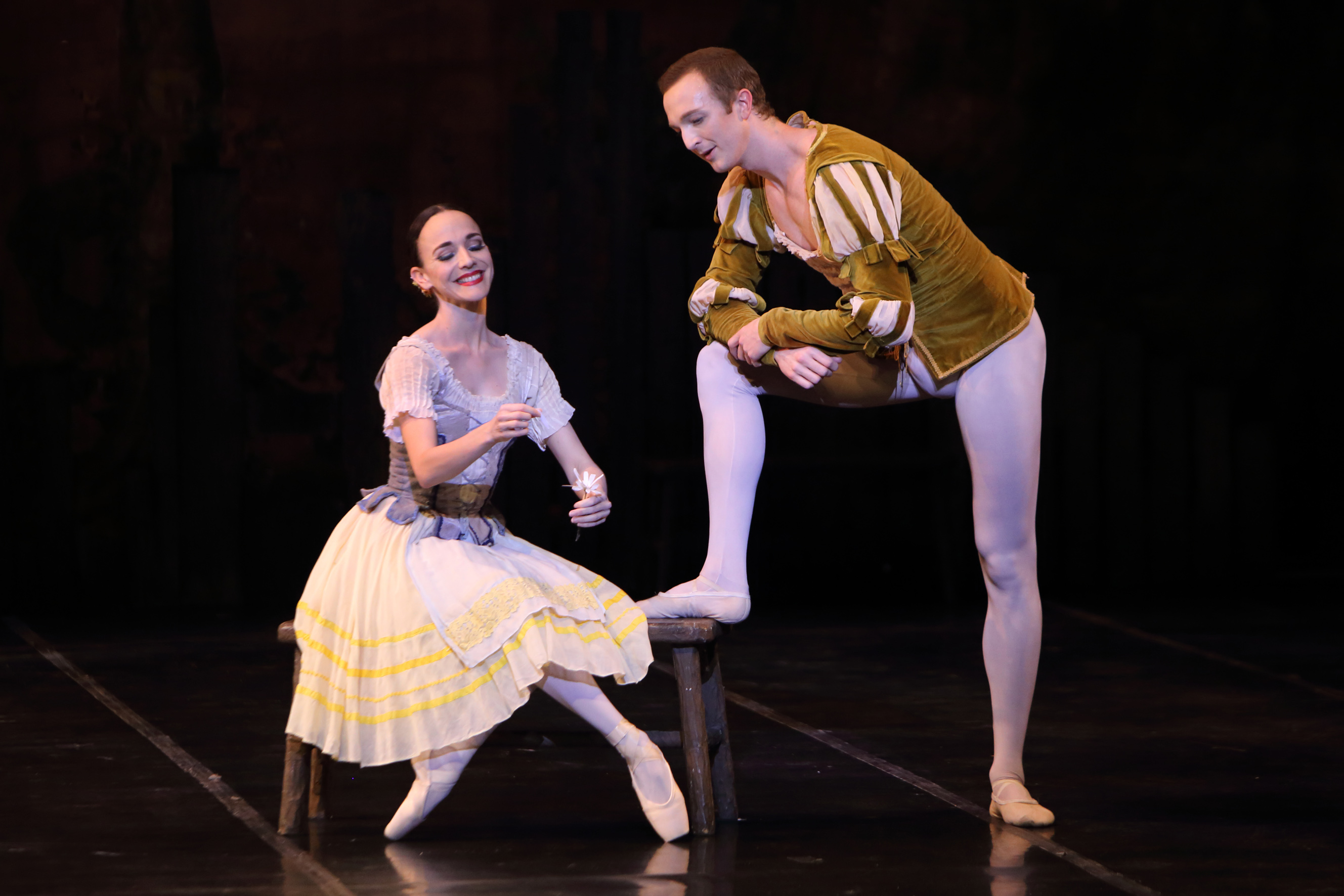 Laura Bosenberg with Thomas Thorne in Giselle